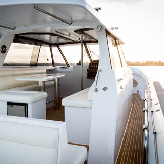 Salthouse Boats - Luxury Catalyst 45